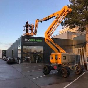 Huurland construction lift